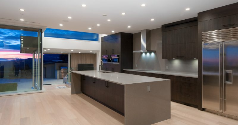 Modern Kitchen Cabinets in Vancouver