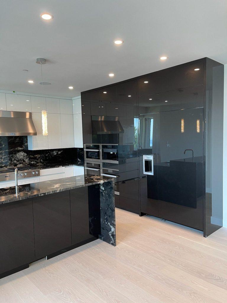 High gloss minimalist kitchen